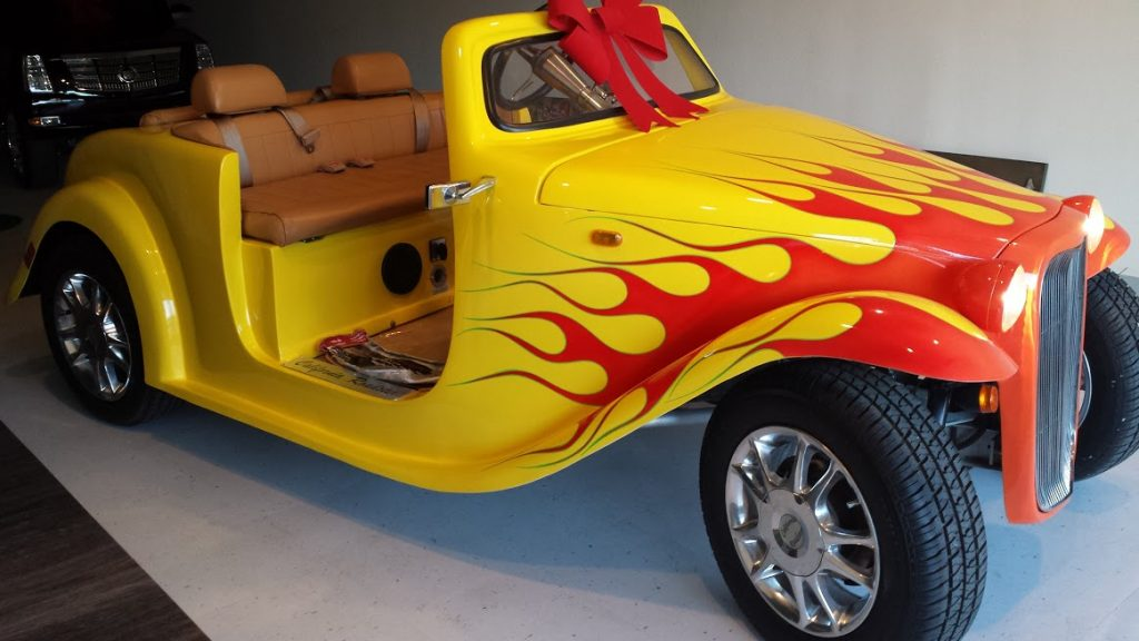 CA Roadster flames